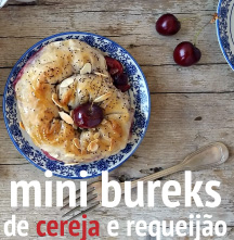Mini bureks de cereja e requeijão