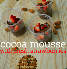 Cocoa mousse with fresh strawberries